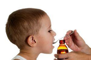 Детский сироп Лазолван: инструкция по применению для детей, при сухом кашле, до года