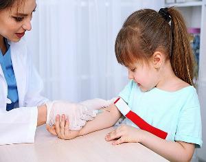 Повышен АСТ в крови у ребенка или аспартатаминотрансфераза повышена - что это значит
